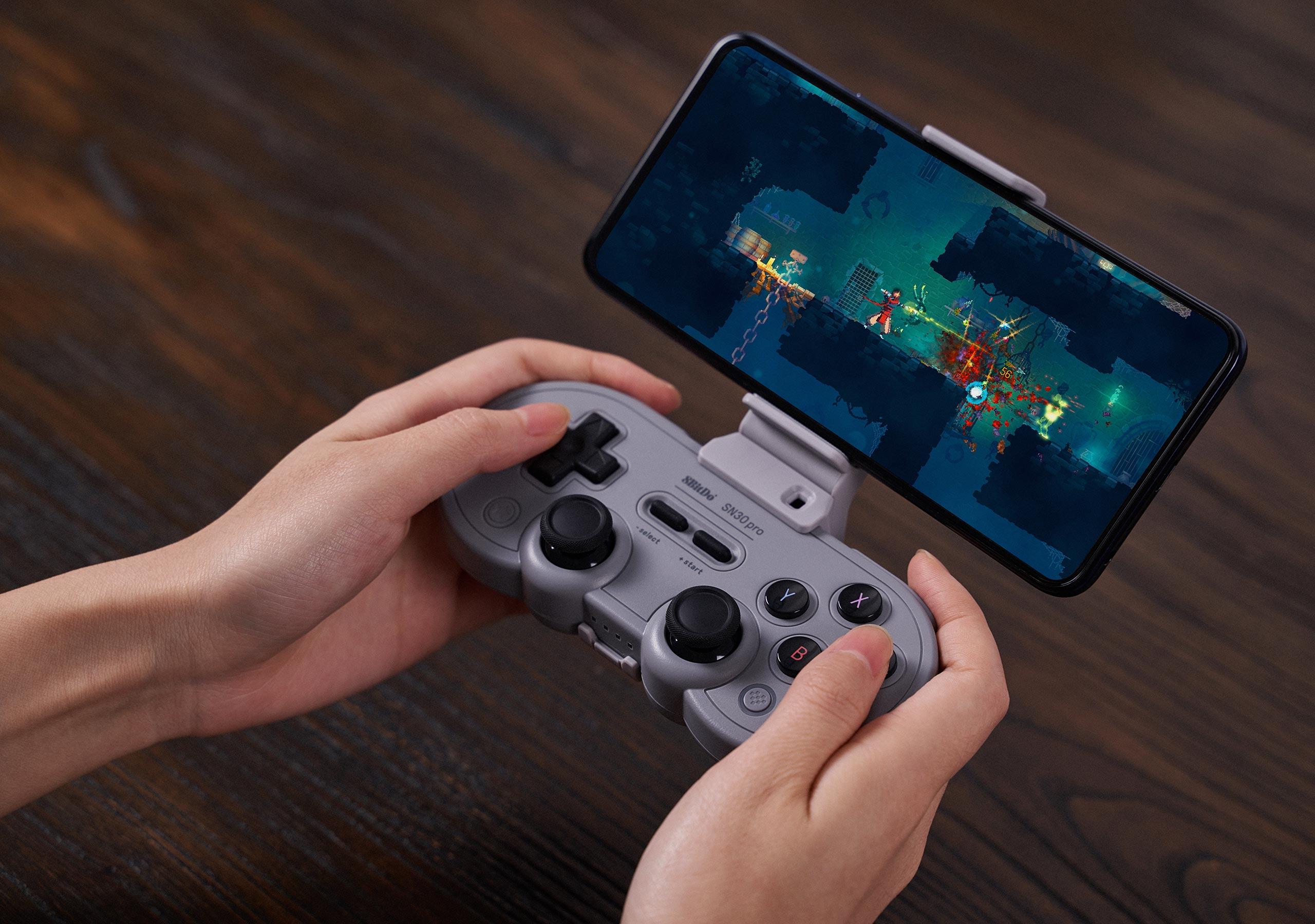 Für noch mehr Spielspaß: Die besten Game-Controller fürs Smartphone 3